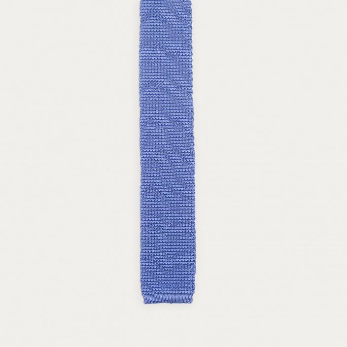 Cravate bleu clair en maille de soie