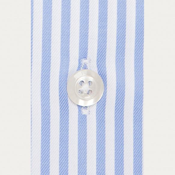 Chemise cintrée en twill à rayures bleues