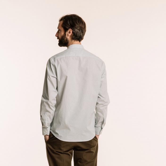Classic fit blue stripes zephyr shirt