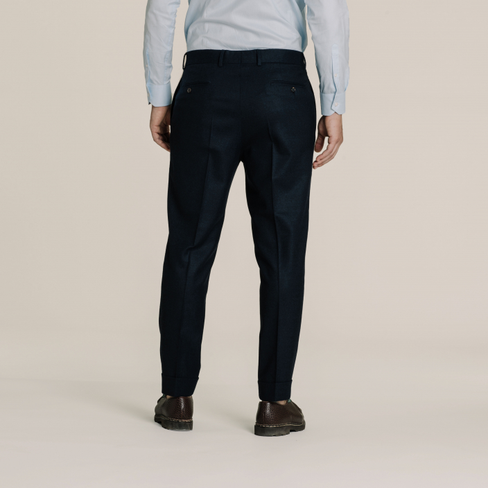 Flannel navy blue pleated pants